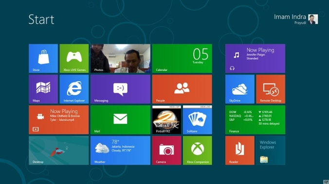 Tampilan Start Screen di Windows 8